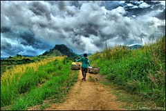 On My way to the Kanawan Tribe (Prof EuLOGist) Tags: mountains male clouds person philippines hills human scenary filipino tribe bataan jinan hussain morong kulot addictedtoflickr aetas kanawan grouptripod btpi