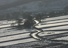 Holme. (andyholmfirth) Tags: snow district peak pennines holme yorkshir