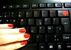 LOVE  (Mh :)) Tags: love heart teclado amor vermelho corao projeto mo unhas letras 220 apieceofme 365days