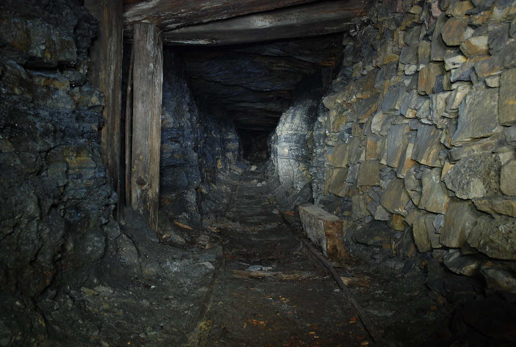 Fire Clay Mine : The world s best photos of fireclay and underground