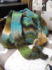 Ruqia Felted Noro Shoulder Bag PDF