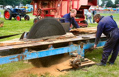 Big Saw (Canis Major) Tags: wood berkeley saw gloucestershire steam cutting 500 continuum steamrally circularsaw berkeleycastle listertyndale