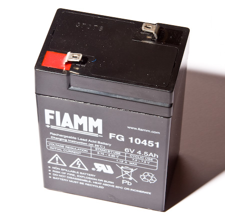6V 4.5 Ah sealed lead-acid battery