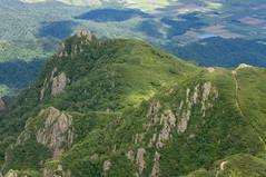 屏風岩と雲峰山