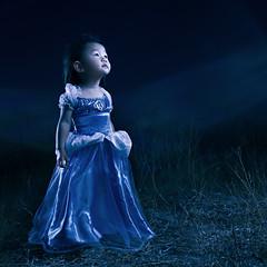 cinderella (jwlphotography) Tags: halloween canon costume dress princess disney flare 5d cinderella kayla 1635 strobist 3lights jwlphotography passionateinspirations unintentionalflare