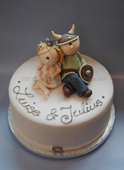viking & princess (Bettys Sugar Dreams) Tags: cake princess hamburg viking taufe torte fondant gumpaste wikinger cakedecorating prinzessin wicki motivtorte tauftorte bettyssugardreams christianingcake bettinaschliephakeburchardt