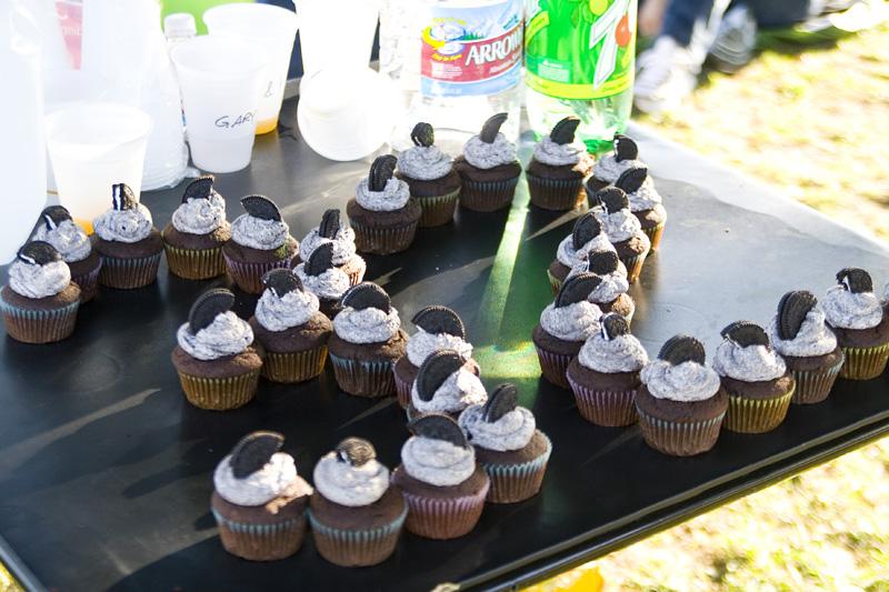 32nd Birthday Cupcakes