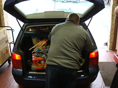 Customer tries to squeeze one more in (EpicFireworks) Tags: light colour fireworks guyfawkes firework bonfire burst pyro sparks 13g epic pyrotechnics ignition