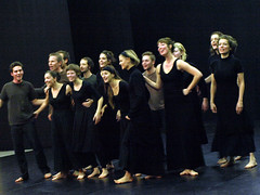 Electra  6753a (Lieven SOETE) Tags: woman art greek donna mujer theater theatre femme performance young dramatic bruxelles tragedy frau 2008 brussel electra junge joven jeune molenbeek sophocles  giovane kleineacademie  lievensoete