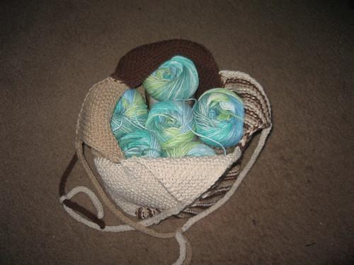 """Оригинальная сумка-мешок  """"Ветряная мельница """".  Вязание спицами."""