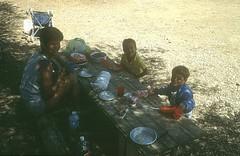 """Camping de Bussaglia : déjeuner au """"campement"""""""