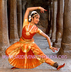 Bharatanatyam dancers - bharata natyam -classical traditional indian dances traditional 3 (Bharatanatyam dance in Chennai - Bharata natyam Bh) Tags: costumes music history dance dancers indian traditional dancer classical songs classes mudras bharatanatyam dances natyam arangetram bharata