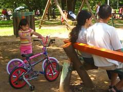 Quando Hello Kitty saiu com Spiderman (marisoca) Tags: urbanparks brasil2008 pqibirapuera