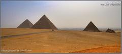 The Land of Pyramids (Lars Tinner) Tags: africa landscape dessert pyramid egypt cairo egipto landschaft pyramide gypten egipte wste gizeh cheops pyramiden kairo elcairo weltwunder gyptenegypt chepren mykerinos pyramyds elcaire wwwtinnersg httpwwwtinnersg tinnersg