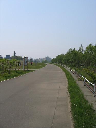 河邊的散步道
