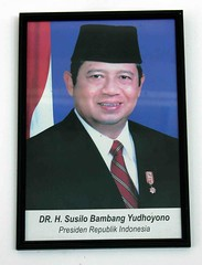 Presiden RI (Mangiwau) Tags: ri indonesia java photo democracy republic general president republik jakarta haji partai democrat susilo presiden sunda tangerang sby bambang kpk banten demokrat yudhoyono jenderal