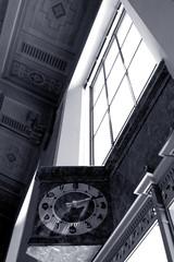 Eleven minutes after two (dogwelder) Tags: california blackandwhite clock window monochrome june subway mta zurbulon6 unionstation 2008 metrorail zurbulon gatturphy rubydonttakeyourlovetotown