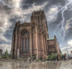 [フリー画像] 建築・建造物, 教会・聖堂・モスク, 雷・落雷・稲妻, 雨, HDR, イギリス, イングランド, 200807151300