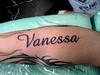 tatuagem nome na perna TARZIA TATTOO -