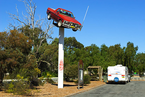 Deniliquin, New South Wales, Australia, ute on a pole IMG_4095_Deniliquin_Ute