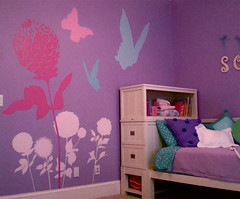 Girl's Bedroom Walls Pink and Purple - Girls' Bedroom Ideas - Zimbio
