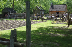 Yorktown: Colonial Farm (bill barber) Tags: port virginia george washington lafayette farm colonial battle american artillery yorktown revolutionarywar nationalparkservice fortifications tobacco commonwealth chesapeake siege colonialparkway earthworks cornwallis yorkcounty yorkriver interstate64 historictriangle degrasse transamericatrail comtederochambeau usroute17 middleplantation georgewashingtonmemorialhighway