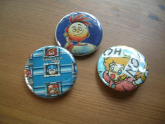 pinback buttons made from nintendo power mags
