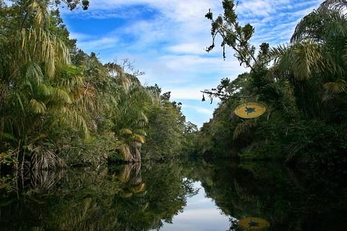 Entrada al canal del Hotel Turtle Beach Lodge, en Tortuguero