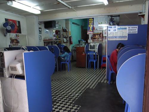 Internet café in Lima