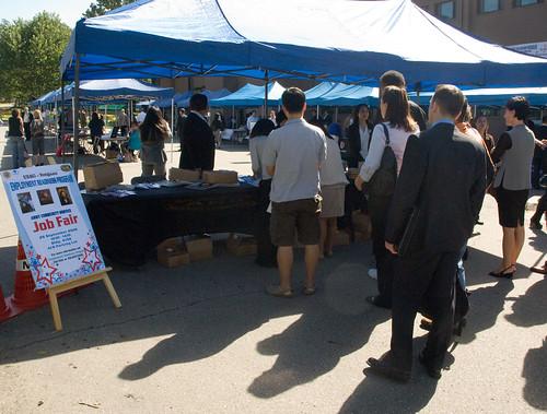 Yongsan holds Community Job Fair