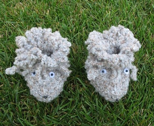 Hand knitted baby booties - FREE SHIPPING
