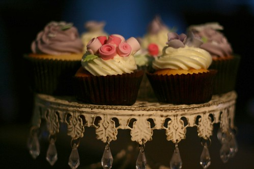 Pink and purple flower garden cupcakes