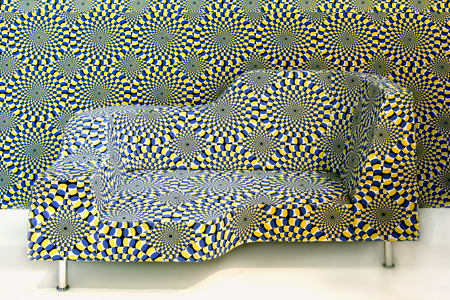 2919000052 ba99035522 o Furniture that could make your feel dizzy : Hypnose Sofa