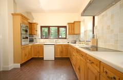 Sebright Cottage Kitchen (realhorrorshow) Tags: nikon cottage july d200 2008 hertfordshire sebright flamstead