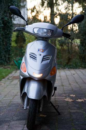 IO 1500GT electric scooter