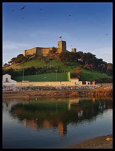 SOHAIL... Reflejos de un Castillo • SOHAIL….Reflections of a Castle por ToniMolero07.