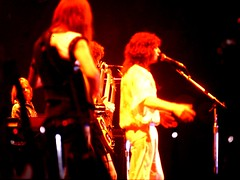 1977 - 19 - YES in HD - The Band - shot from backstage (Affendaddy) Tags: yes heidelberg 1977 stadthalle jonanderson progressiverock ukrock eppelheim collectionklaushiltscher rockconcertfotos 1970srockmusic