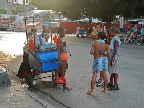 Cuba: fotos del acontecer diario - Página 6 3310867382_61f878c02f_o