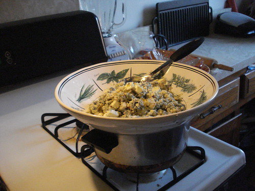 Warming blue cheese mixture for pasta