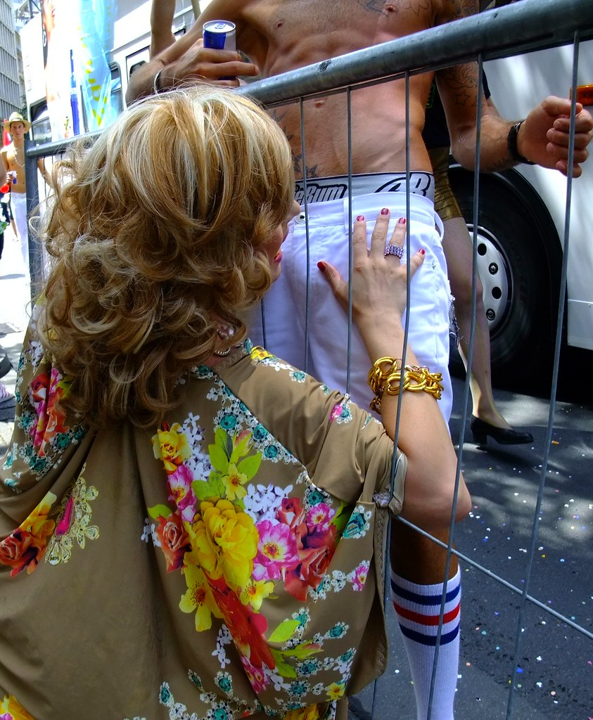 gay blondhair transvestite
