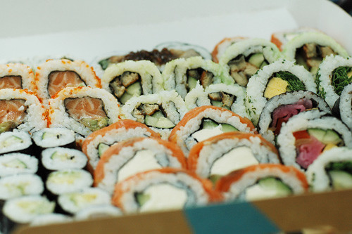 Many many sushi!!!!