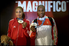CONGRATULATIONS! (PEDRO SARAIVA) Tags: portugal goldmedal seleco atletismo saltoemcomprimento worldchamp naidegomes nlsonvora triplosalto longjumpwomen saltode7metros
