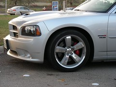 DODGE Charger SRT8 2006 (q8500e) Tags: auto original usa cars look silver big cool nice automobile power quality awesome great group super special hotrod dodge kuwait hemi xxx rare v8 charger challenger badboy grrrr srt8 19inch badboyclub asskiking q8500e
