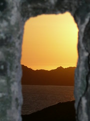 Atardecer por la ventana (Jordi TROGUET (Thanks for 1.738.000+views)) Tags: leica windows red france color green window nature beautiful yellow architecture digital wow atardecer gold rojo travels agua europa corse corsica paisaje loveit cielo puestadesol picturesque turismo francia bonifacio naturegroup jtr mywinners abigfave leicavlux1 impressedbeauty aplusphoto flickrplatinum isawyoufirst travelerphotos lovelycity diamondclassphotographer flickrdiamond citrit ysplix excellentphotographerawards freenature flickrelite theunforgettablepictures theunforgettablepicture newacademy adoublefave overtheexcellence wetraveltheworld gratepic iamflickr llovemypic troguet llovemypics flickrlovers momentoseexpresses favouritecapture