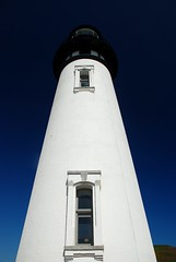 Towering (Gigapic) Tags: usa lighthouse up oregon bay coast nikon looking unitedstates nikkor yaquina d80 challengeyouwinner aplusphoto photofaceoffwinner pfogold