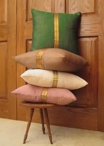 jamali sari border pillows