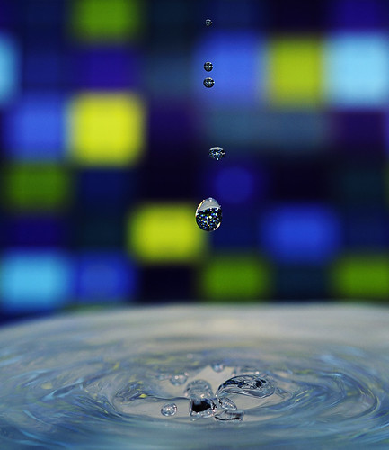 Falling Waterdrops Blue #1
