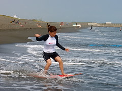 Aya zooming toward a wave! (Jason Collin) Tags: japan skimboarding hiratsuka