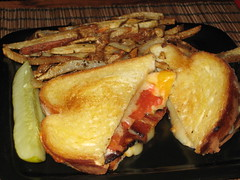 Ultimate Grilled Cheese at Don't Know Tavern