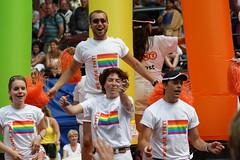 GAY PRIDE AMSTERDAM 2008 - Canal Parade (Ramon Stoppelenburg) Tags: gay amsterdam pride parade prinsengracht 2008 ramonstoppelenburg